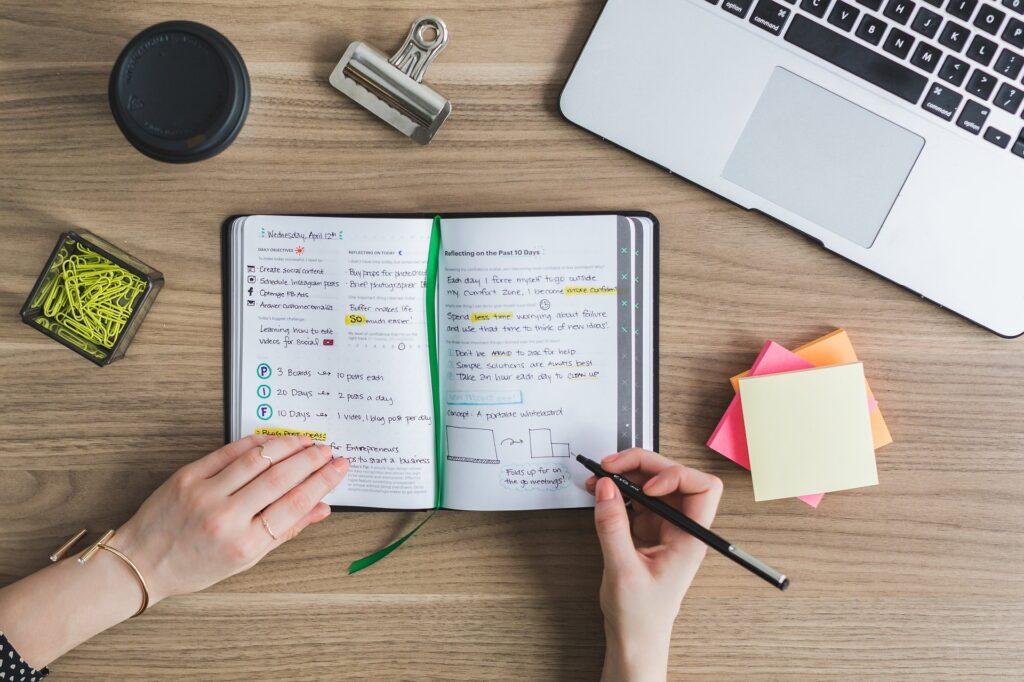laptop 2562211 1920 1024x682 - Por que ter um Blog? 6 Motivos para Você Criar o seu em 2019