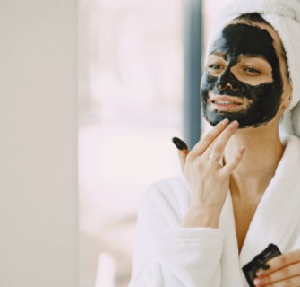 limpeza de pele 335x320 - Limpeza de pele caseira passo a passo