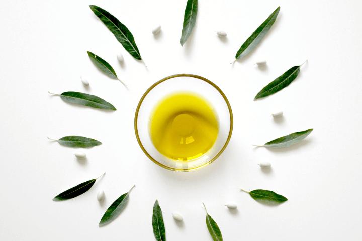 oleo de melaleuca 1 - Óleo de melaleuca - benefícios e formas de uso para estética e saúde