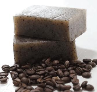 sabonete de cafe 1 335x320 - Como fazer sabonete de café caseiro – receita completa