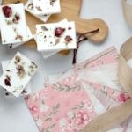 sabonete de hibisco 1 150x150 - Receita de sabonete artesanal de hibisco – passo a passo!