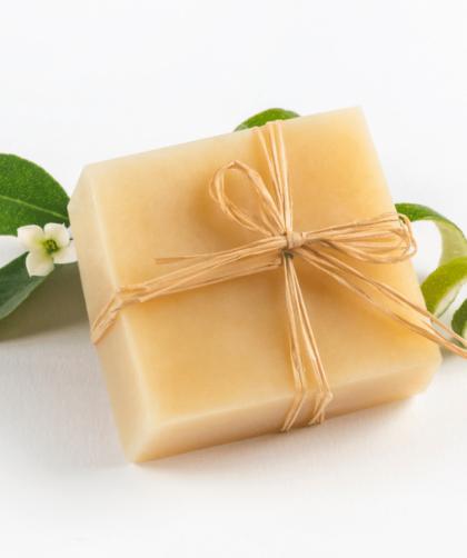 sabonete de limao siciliano 2 420x502 - Receita de sabonete de limão siciliano e mel – passo a passo completo