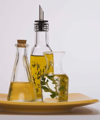 oleo essencial e oleo vegetal 420x502 - Óleo essencial e Óleo vegetal - Diferenças, funções e como você deve usar